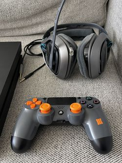 Ps4 Controller Black Ops 3 Edition And Astro A40 Halo Edition for Sale in San Francisco,  CA