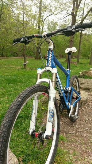 2010 Giant Anthem x2 Medium for Sale in Philadelphia, PA