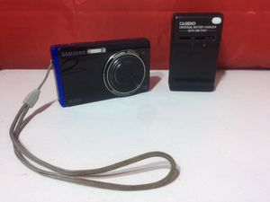 Samsung TL220 12.2MP Digital Camera 4.6X Optical Zoom LCD Touchscreen for Sale in Bloomfield, NJ