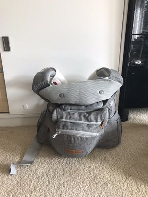 Baby carrier free for Sale in Kirkland, WA