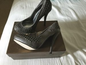 New Bebe size 7 grey pump for Sale in NC, US