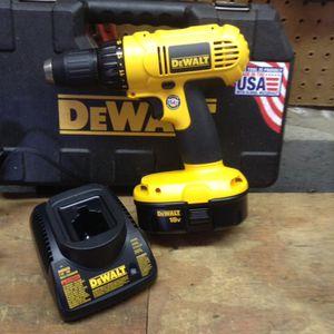 New Dewalt 18 V drill kit for Sale in Columbus, OH