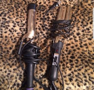 2 curling irons for Sale in Las Vegas, NV