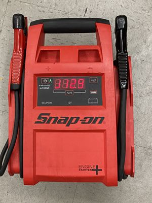 Snap-on Tools EEJP600 12V Lead-Acid Engine Starter Jump Box Jump Pack Battery pack for Sale in Long Beach, CA
