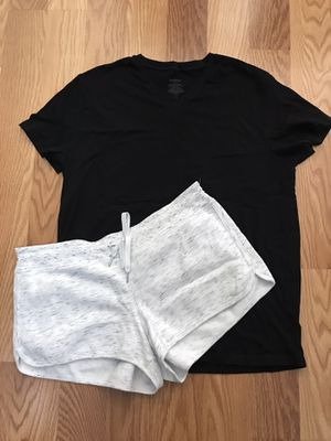 Ladies Women's Clothes Calvin Klein Shorts & Tee Shirt Size XL for Sale in Spring, TX