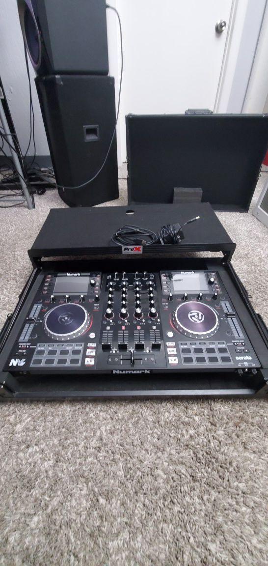 Numark NVii DJ Controller and case
