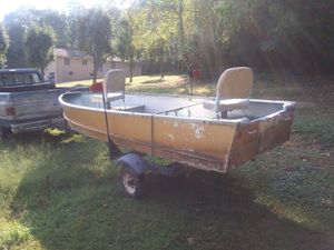 Flat bottom boat with trailer registered clear title for Sale in Erwin, TN