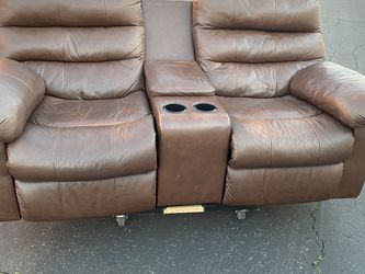 Brown Recliner Love Seat (leather) for Sale in City of Industry,  CA