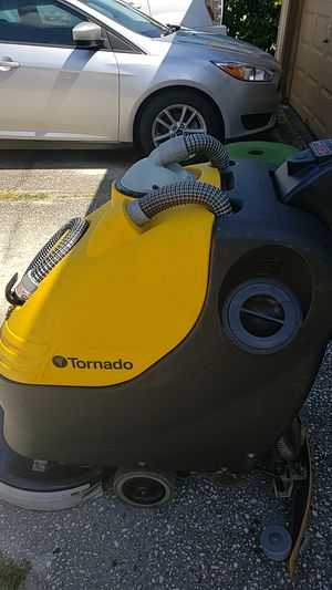 Tornado floor Scrubber 20 inch Serious buyers only $500 for Sale in Tampa, FL