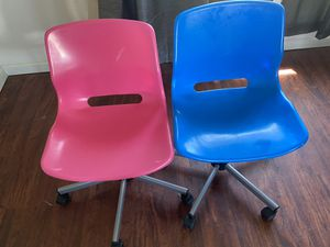 IKEA SNILLE Plastic Desk Chairs for Sale in Columbus, OH