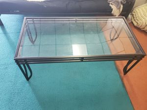 Glass top coffee table for Sale in Lake Alfred, FL