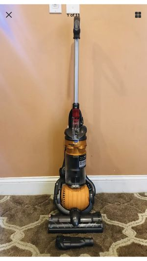 Dyson Dc24 Ball Bagless Vacuum Cleaner for Sale in Raymond, NH