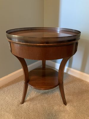 Vintage table for Sale in Yorkville, IL