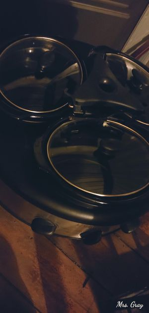 3 pot crockpot for Sale in Hoxeyville, MI