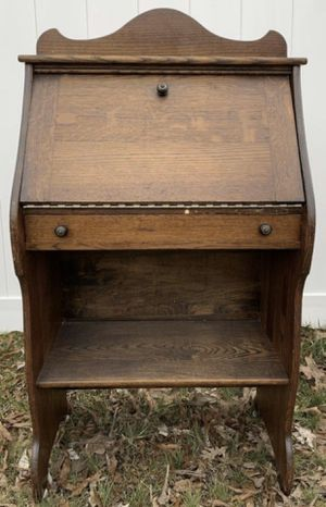 Rare Hard To Find 1890s Made By Paris MFG CO USA Oak Children's Drop Slant Front Foyer Desk Nightstand Accent Side Table With Shelf And Drawer for Sale in Chapel Hill, NC