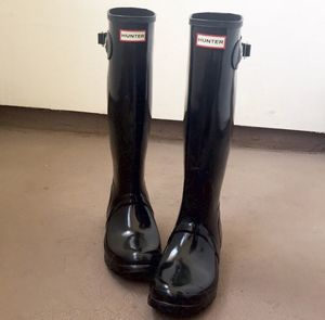 Hunter tall black glossy rain boots 9 for Sale in Scottsdale, AZ