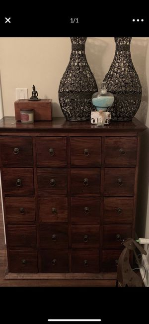 Wood Cabinet for Sale in Huntington Park, CA