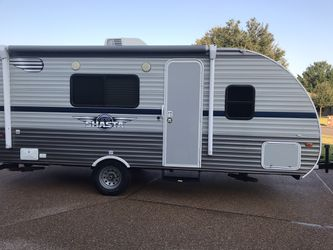 2019 Shasta Oasis 18FQ; 22 feet overall length; 3200 lbs dry weight for Sale in Waco,  TX