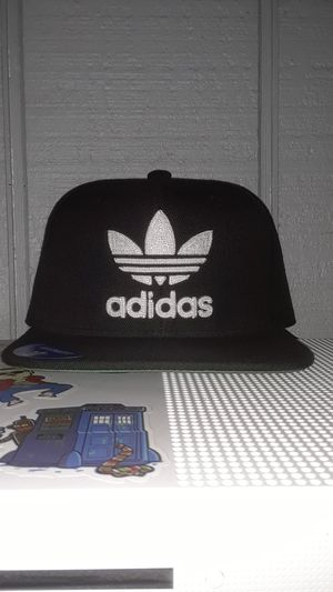 Adidas hat (snap back) for Sale in Los Angeles, CA