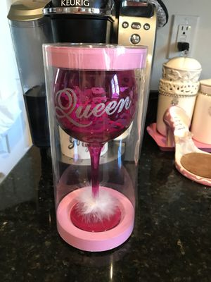 "Gorgeous! In Hot Pink ""Queen"" Collectors Wine or Water Glass Goblet for Sale in Gainesville, VA"