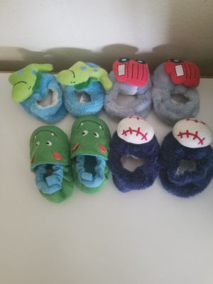 Infants winter shoes 0-6months for Sale in Columbus, OH