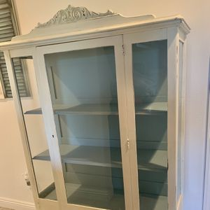 China cabinet for Sale in Oceanside, CA