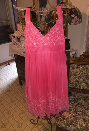 Gorgeous!! Couture dress Antonio Milono coral cotton v neck white embroidery on top and cut out flower hem pleated silk lined new side zip elegant dr for Sale in Northfield, OH