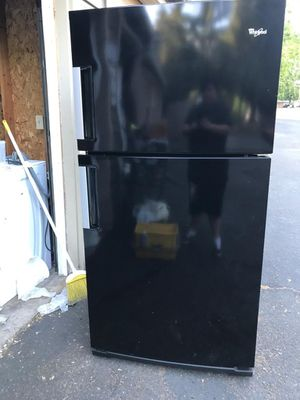 Whirlpool refrigerator for Sale in Beaverton, OR