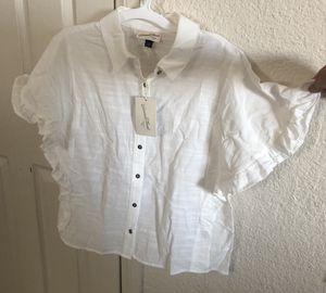 Woman blouse for Sale in Pomona, CA