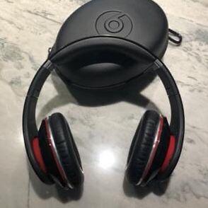 Beats by Dr. Dre 1st gen studio HD On-Ear Headphones (black) for Sale in San Jose, CA