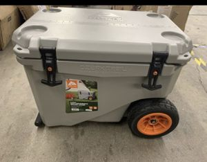 Ozark Trail 45qt High Performance Cooler for Sale in North Haven, CT