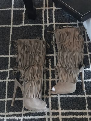 BRAND NEW Taupe fringe heels! Pair with distressed shorts and off the should tee + accessories! Sizes 6, 7, 7.5, and 9 available for Sale in Rohnert Park, CA