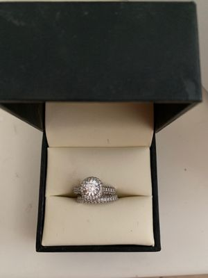 Wedding band and ring for Sale in Palmdale, CA