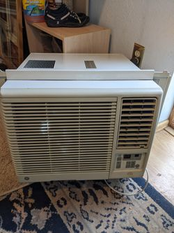 GE Air Conditioner for Sale in Denver,  CO