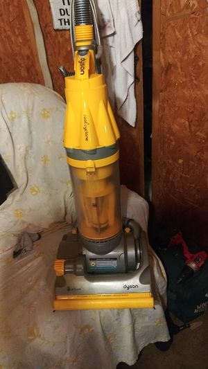 Dyson all floors rootcyclone upright vacum cleaner for Sale in Shepherd, TX