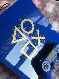 Day of the play PlayStation4 for Sale in Niles,  IL