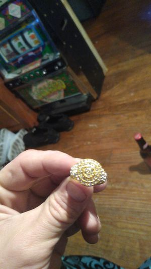 Ring size 9 I believe not real but looks legit for Sale in Del Valle, TX