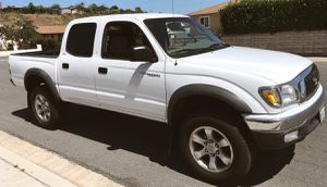 SPORTY TRUCK TOYOTA TACOMA 2003 GREAT LOOKING for Sale in Newark, NJ