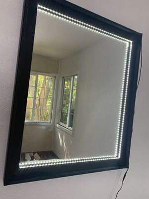 Vanity Mirror (NOT FREE) for Sale in E RNCHO DMNGZ, CA