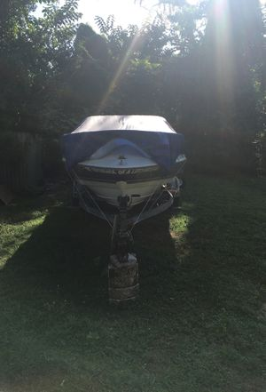 1996 Bayliner 21' boat for Sale in Brandon, FL