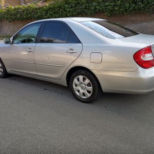 2004 Toyota Camary LE Automatic 4 Door 4 Cylinders for Sale in Riverside, CA