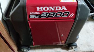 Generator Honda EU3000IS for Sale in Pocatello, ID