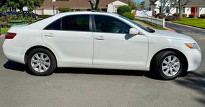 2009 Toyota Camry XLE VERY CLEAN for Sale in Stillwater, OK
