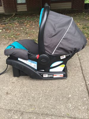 Car seat for Sale in Indianapolis, IN