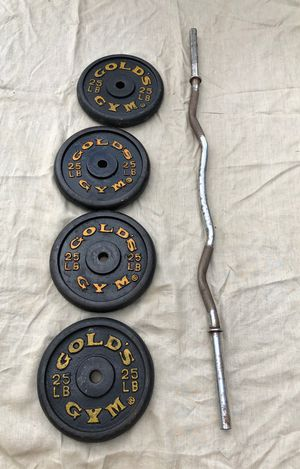GOLDS GYM STANDARD PLATES & CURL BAR : FOUR. 25 POUND PLATES for Sale in Pompano Beach, FL
