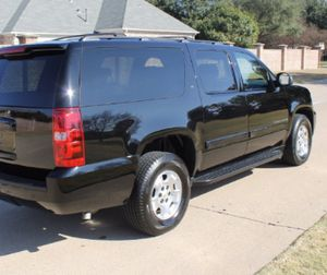 Clean 2OO9 Chevrolet Suburban LT 4WDWheels Great for Sale in Ontario, CA