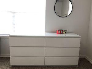 6 Drawer dresser with Glass + Mirror for Sale in Dearborn, MI