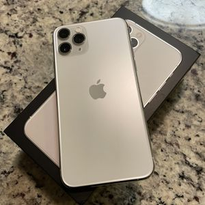 iPhone 11 Pro Unlocked for Sale in Hollywood, FL