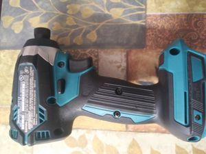 18 v impacto makita for Sale in Midlothian, IL