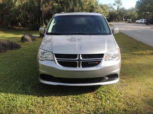 2016 Dodge Grand Caravan SXT for Sale in Miami, FL